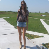 Model Diana is above 180 cm high - here is she at the clay shooting range